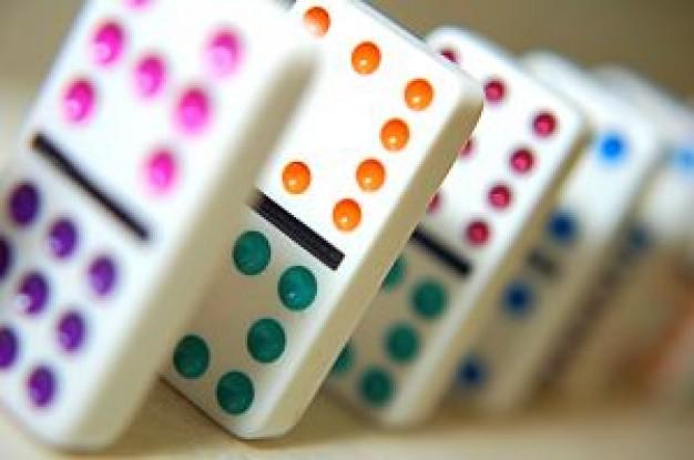 los hay grandes pequeos de colores con distintas temticas con letras con nmeros etc adems de ser un apoyo educativo muy el juego de