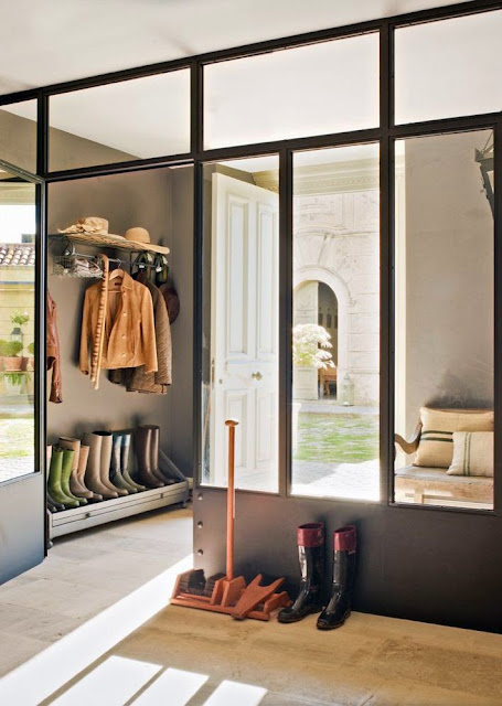 modern mudroom design