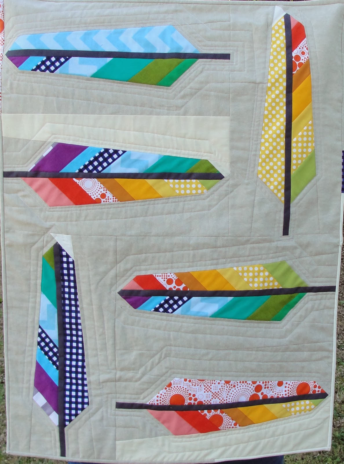 Stitchy Quilt Stuff: Riley Blake Feather Quilt : anna maria horner feather quilt - Adamdwight.com