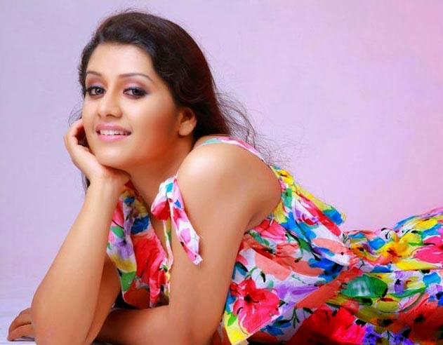 Hot actress Sarayu
