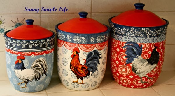 Chickens In Kitchen Decor