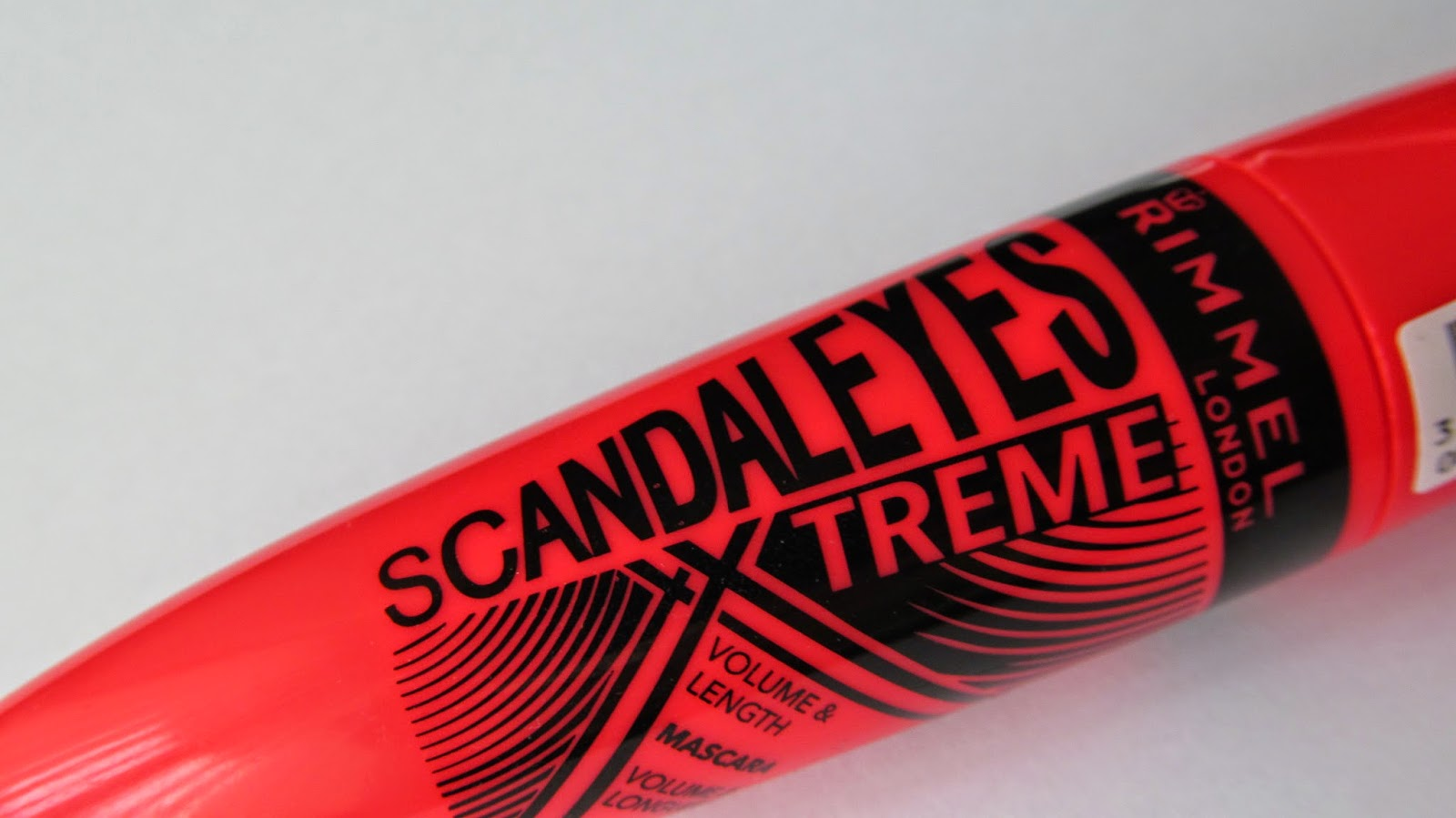 Scandaleyes Xxtreme Mascara Review