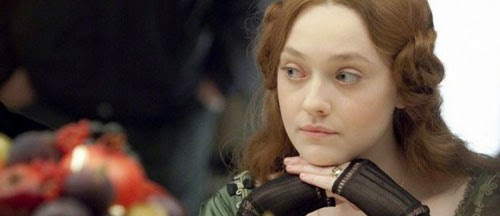 effie-gray-trailer-poster-dakota-fanning