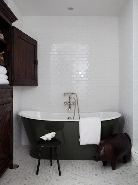 to da loos nate berkus chicago condo bathrooms. Black Bedroom Furniture Sets. Home Design Ideas