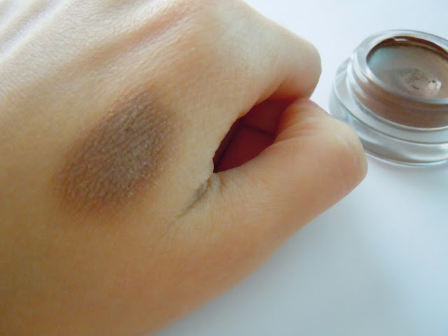 maybelline cream eyeshadow on and on bronze swatches