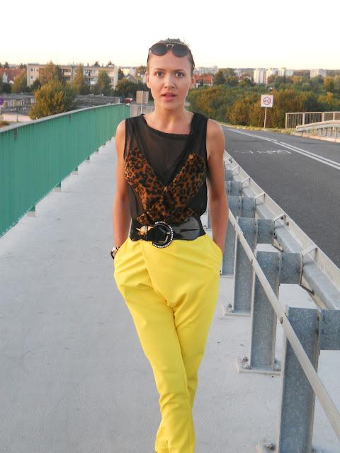 charme e chique modne żółte spodnie 2012 yellow pants