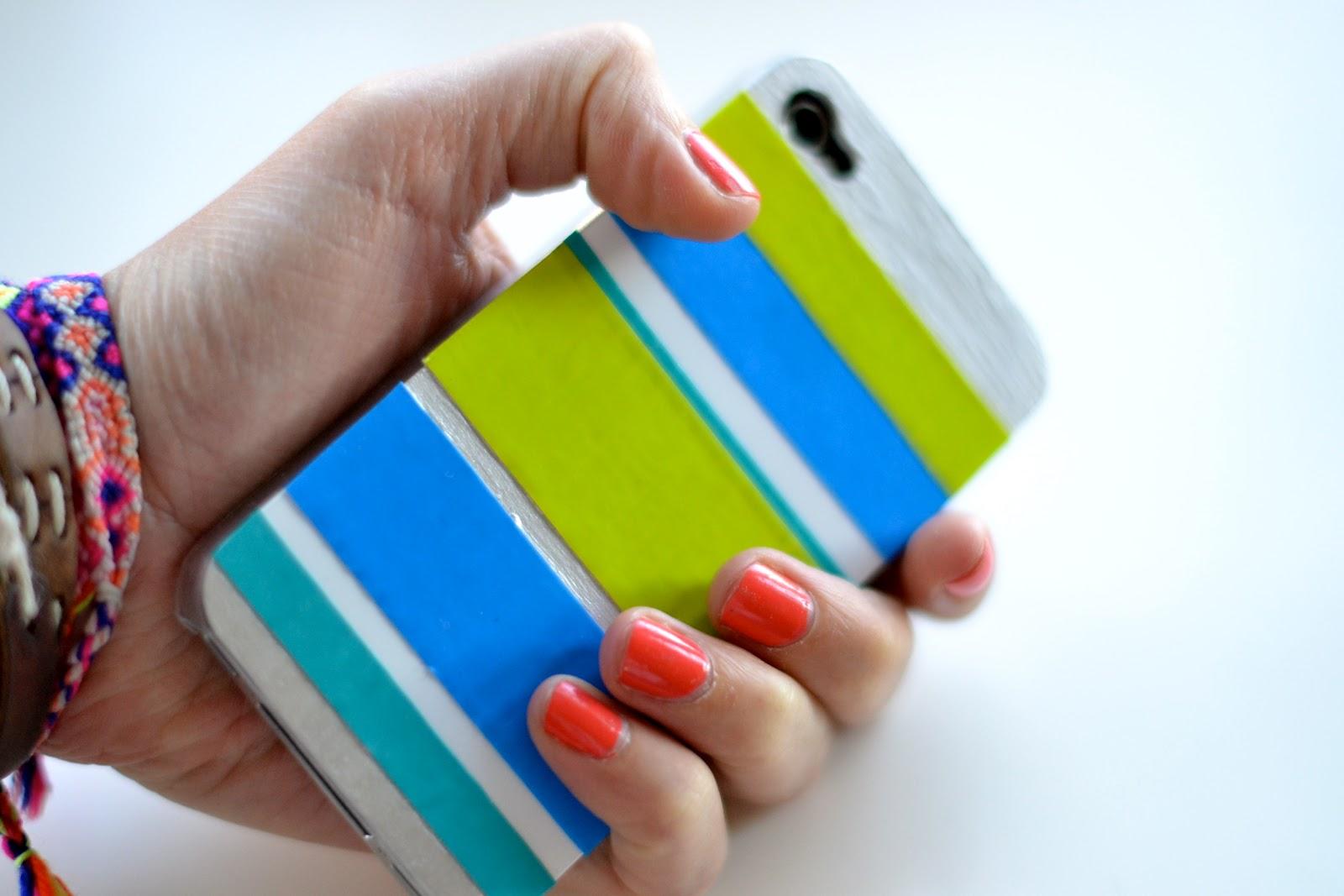 http://3.bp.blogspot.com/-ibZULkI7yfQ/UB9SYKg8T6I/AAAAAAAADfQ/zsZMtvDcN9E/s1600/diy_iphone_case.JPG