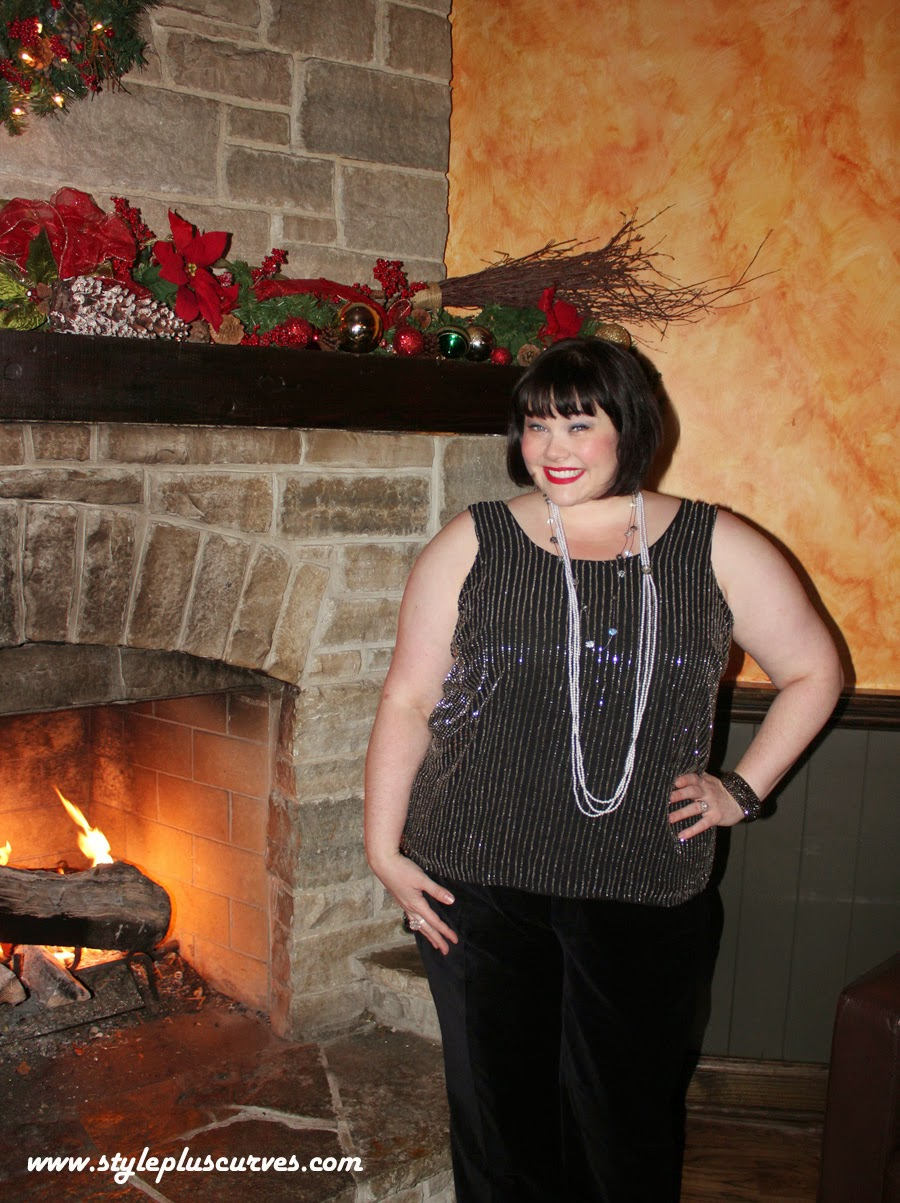 Amber from Style Plus Curves in Jessica London Holiday Outfit