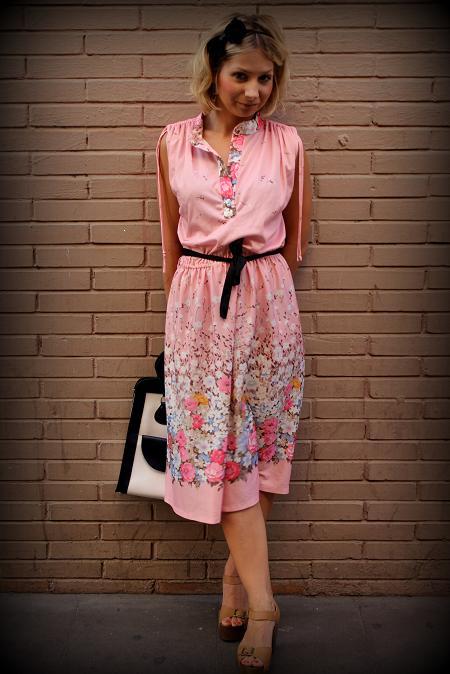 no sleeves vintage dress