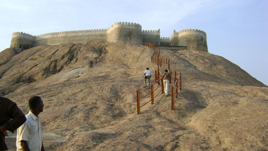 Namakkal India  City pictures : Namakkal Fort and temples, Namakkal, Tamil Nadu