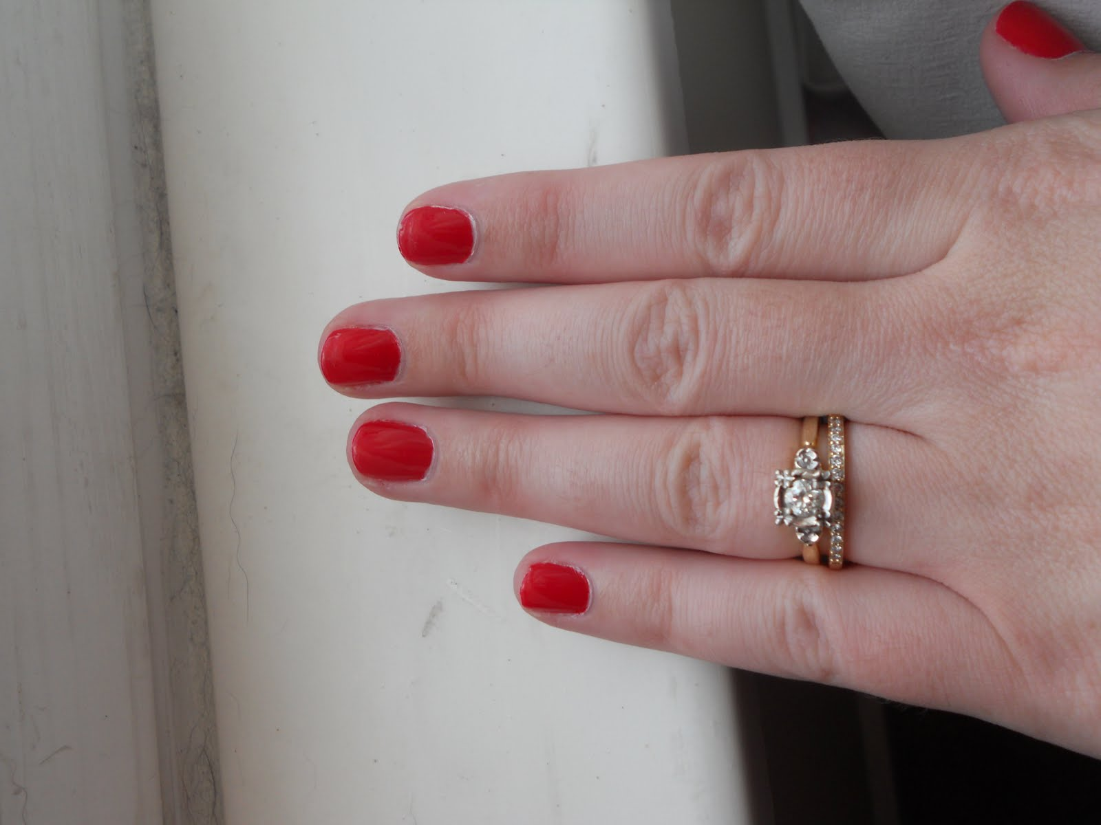 Forget nail bracelets, now there\'s the MIRROR manicure: Shiny new ...