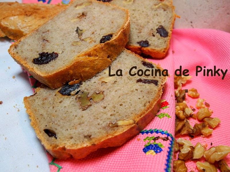 PAN DE TRIGO SARRACENO CON PASAS Y NUECES  Pan+de+trigo+sarraceno+con+pasas+y+nueces+2