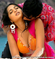 Anushka Sizzling and Chilling Tasty Photo Gallery