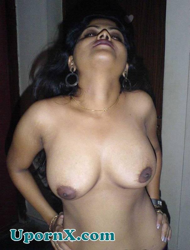Hot Tamil Aunties Nude