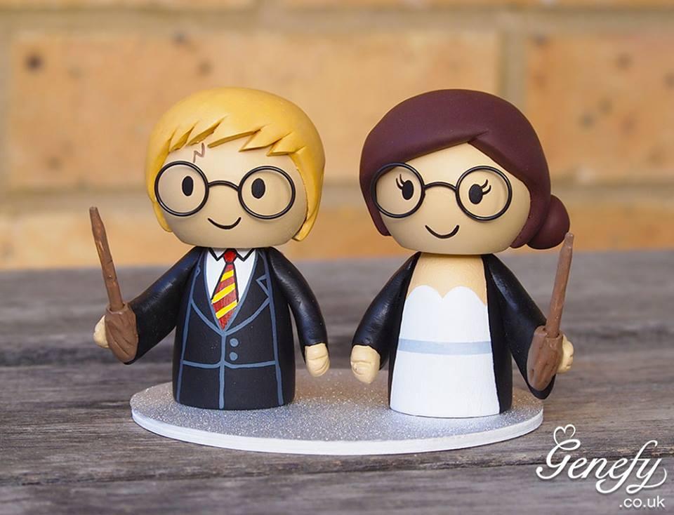Resultado de imagem para topo de bolo casamento geek
