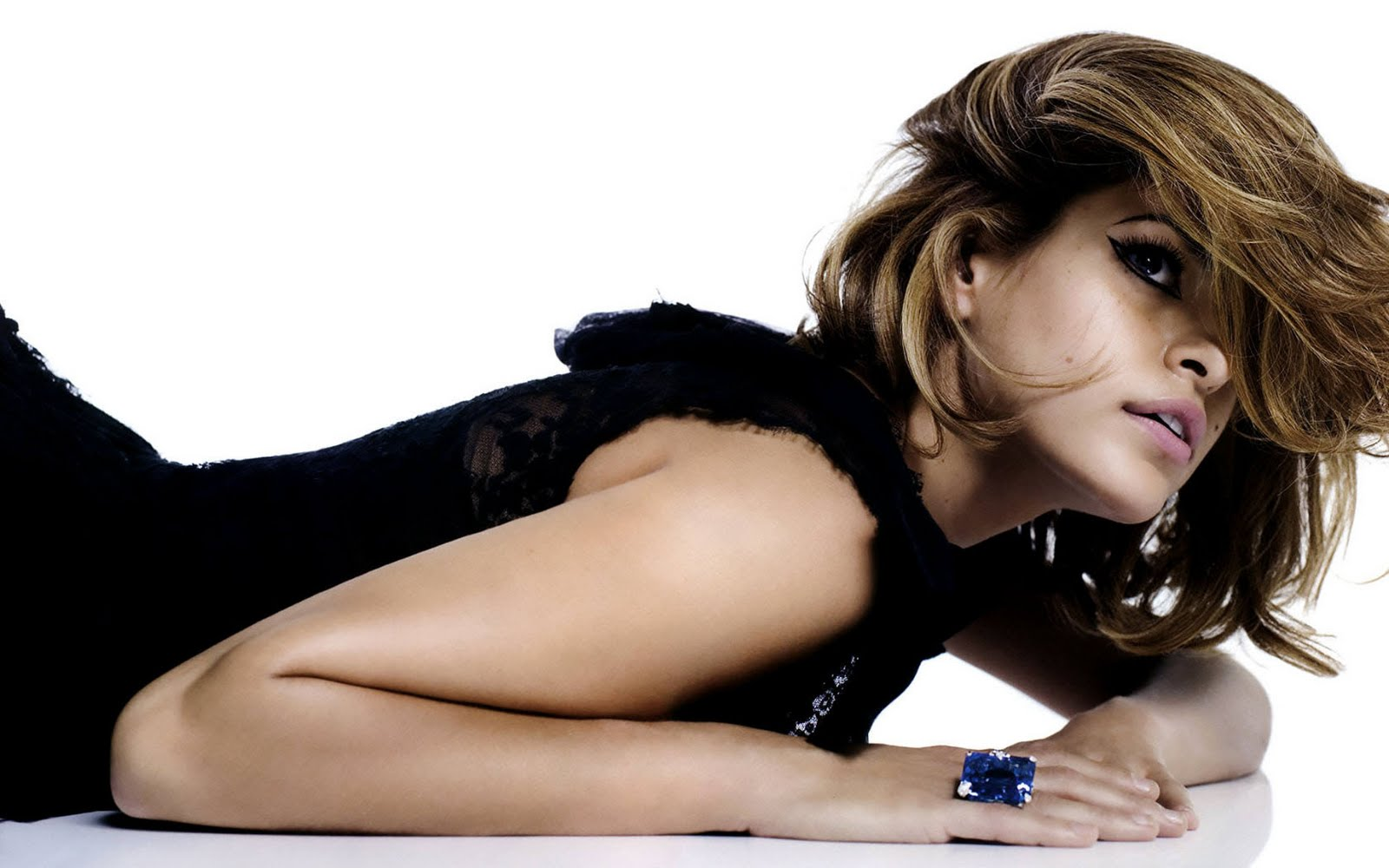Eva Mendes Wallpapers and Background Images