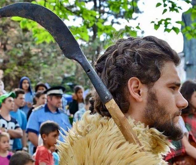 costume daci romani legionari