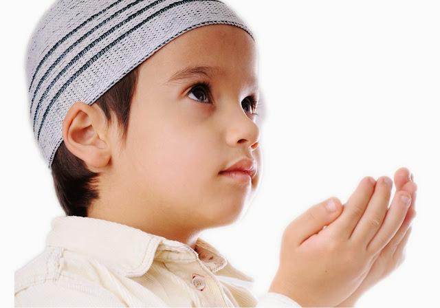 Kedahsyatan Menyayangi Anak Kecil
