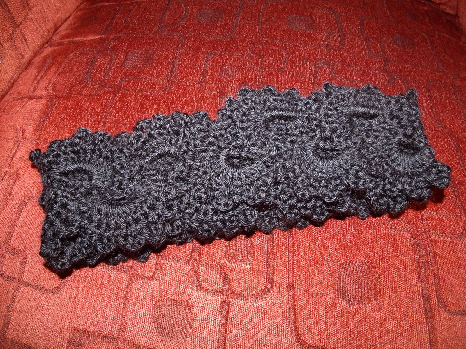 Family, Books and Crochet...Oh My!: Queen Anne\'s Lace Scarf