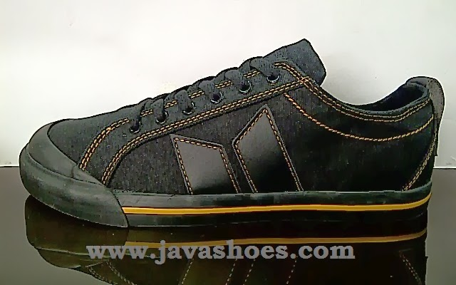 sepatu macbeth eliot black gold