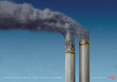 las torres gemelas como cigarrillos en publicidad escandalosa