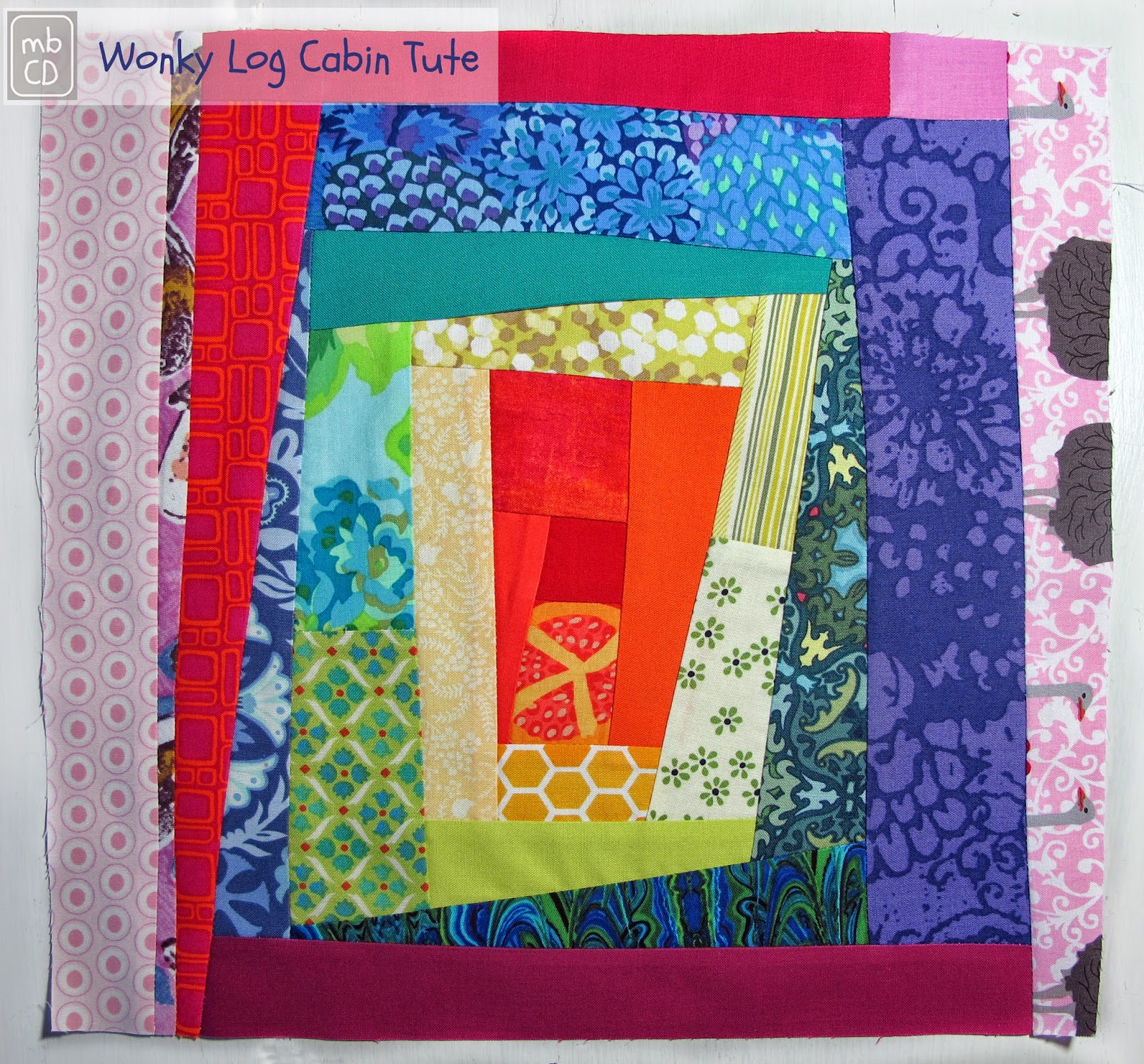 Wonky-Log-Cabin-Block-Tute