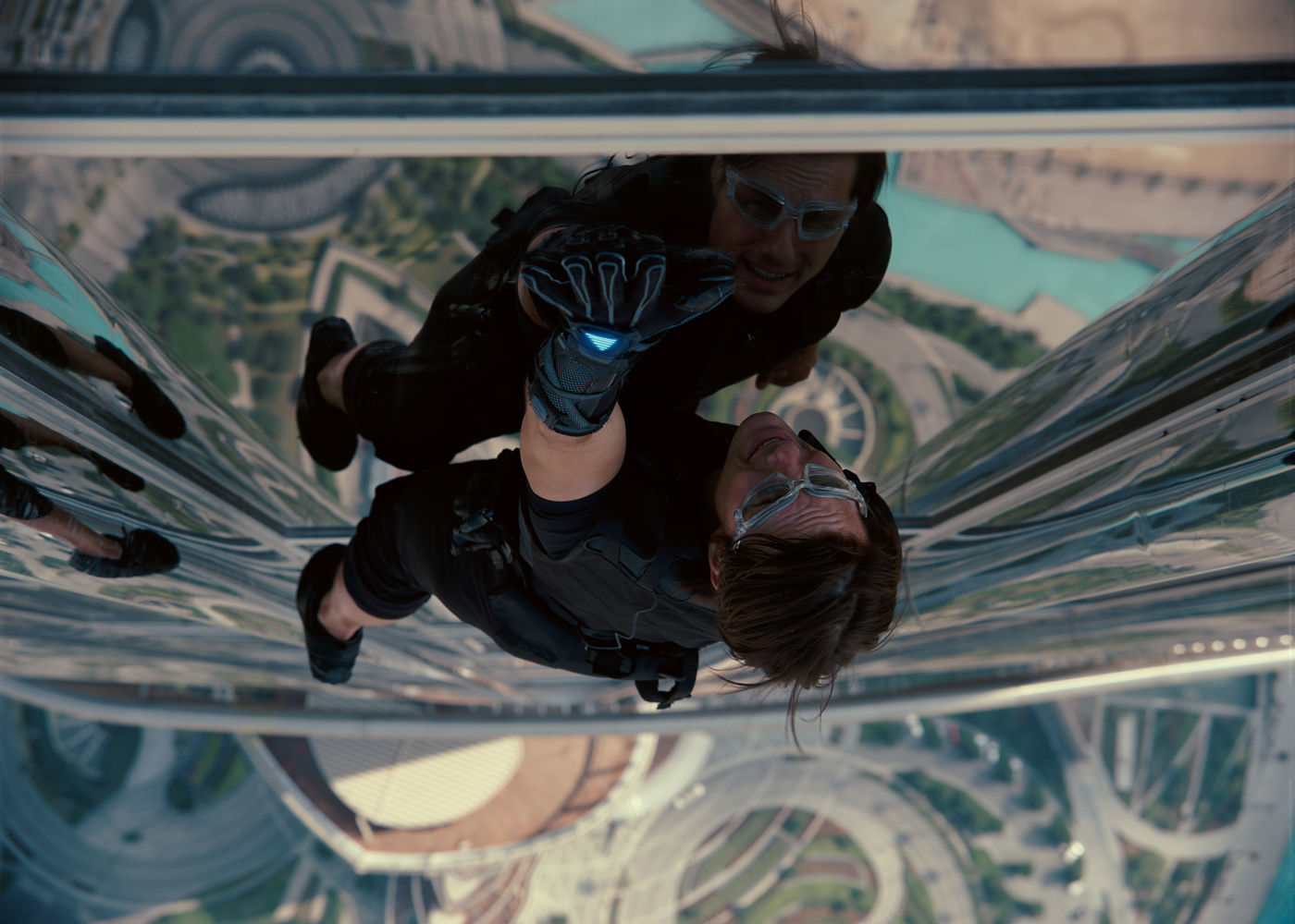 Review: MISSION: IMPOSSIBLE - GHOST PROTOCOL (2011)