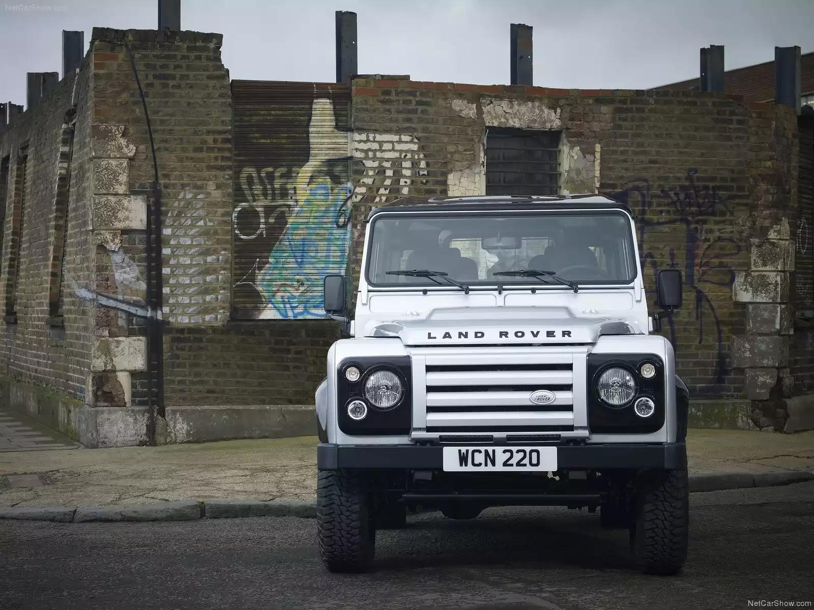 Hình ảnh xe ô tô Land Rover Defender X-Tech 2011 & nội ngoại thất
