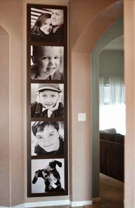 cómo decorar una pared con fotos familiares, como poner fotos en la pared