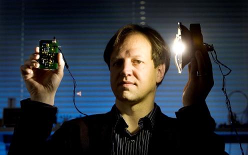Li-Fi Teknologi Terkini 100 Kali Ganda Kelajuan Berbanding Wi-Fi