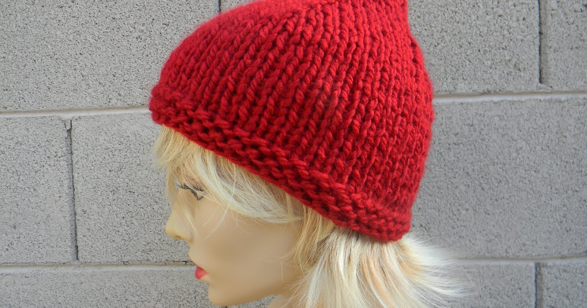 Easy Knitting Pattern For Christmas : Free christmas knitting patterns easy chunky pointy pixie hat