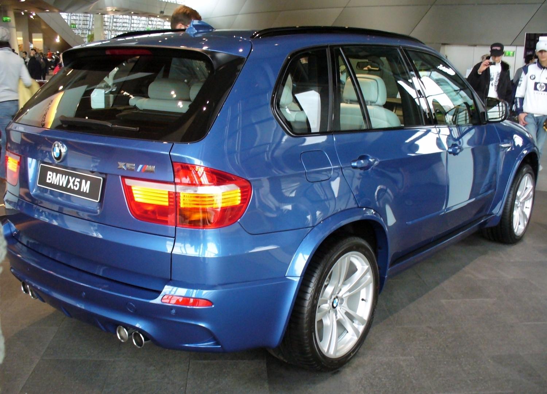 http://3.bp.blogspot.com/-ieBzkqzrFvI/TuOOudSi2nI/AAAAAAAABqI/ZOyl8RwvV14/s1600/BMW_X5_M_Heck.jpg