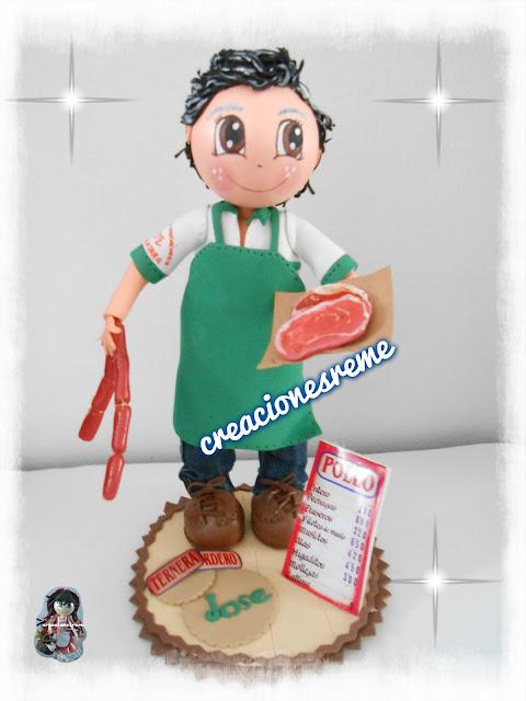 fofucha-creacionesreme-personalizadas-foami #carnicero #carne#chorizo #miniatura #fofuchocarnicero #carniceria