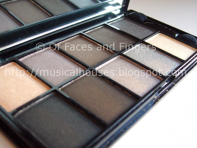 NYX Smokey Eyes Eyeshadow Palette
