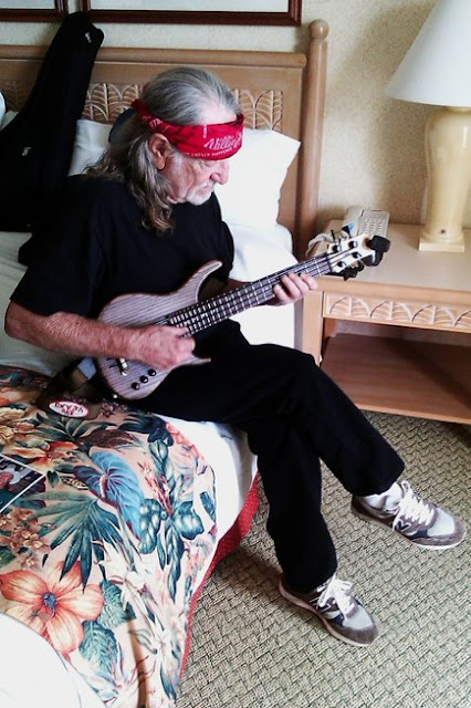 willie nelson playing bass ukulele