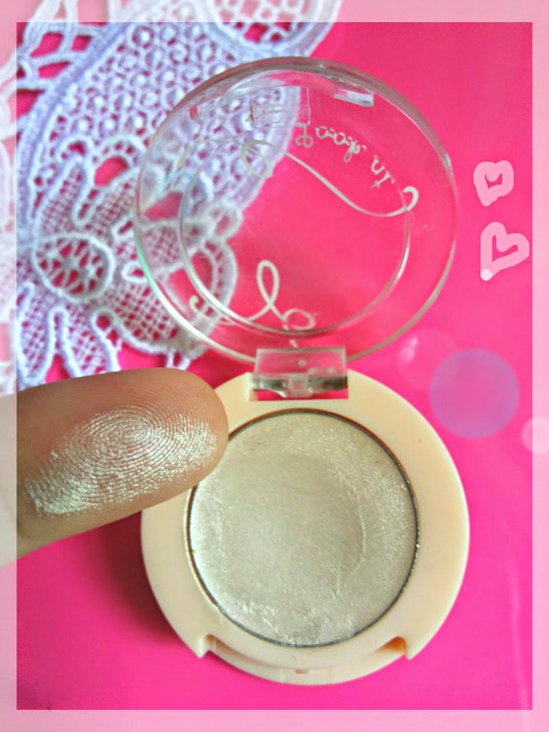 ... House Look At My Eyes Pearl Eyeshadow Base Review - Korean Makeup