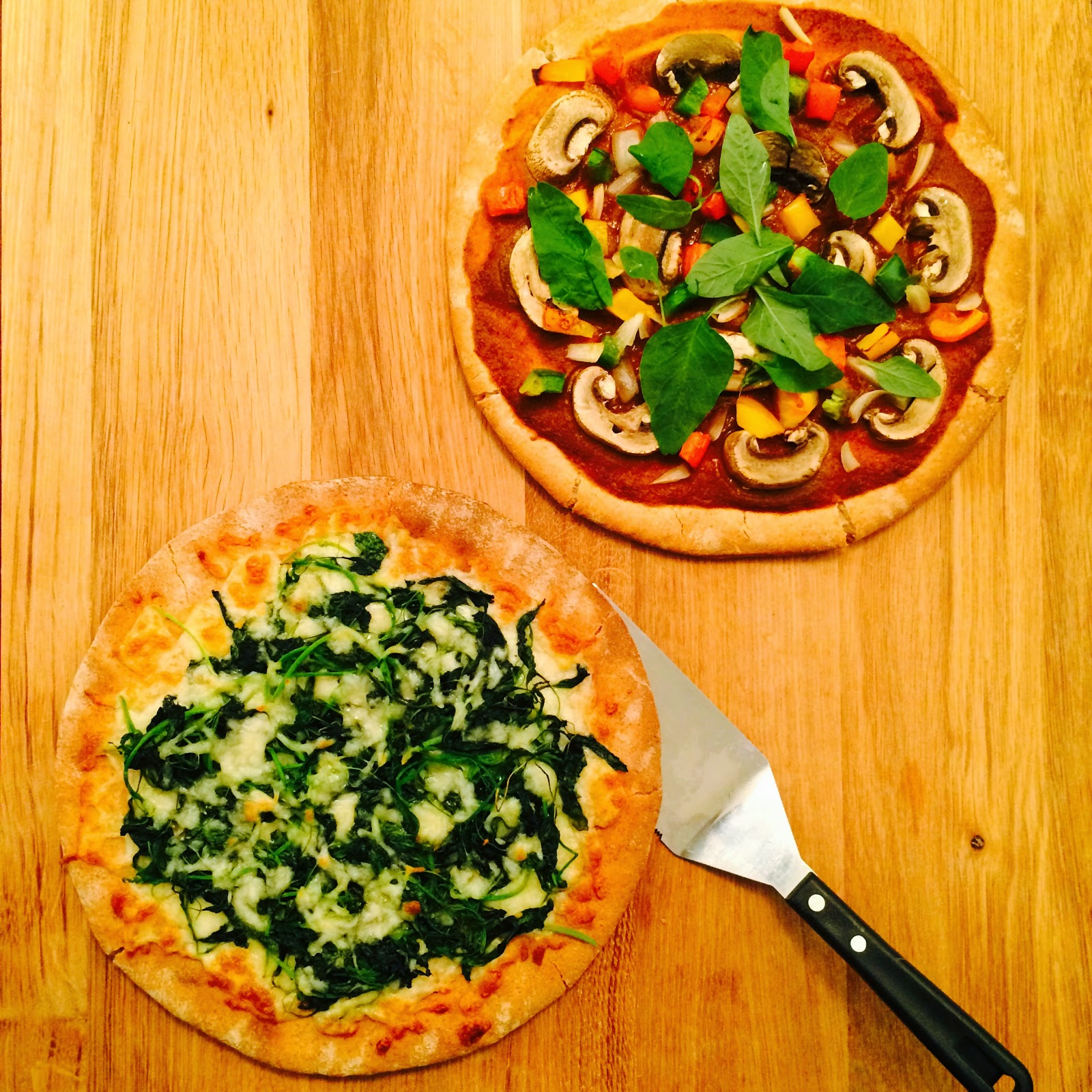 Homemade Healthy Spinach and Cheese Pizza and Tomato and Mushroom Pizza Recipe