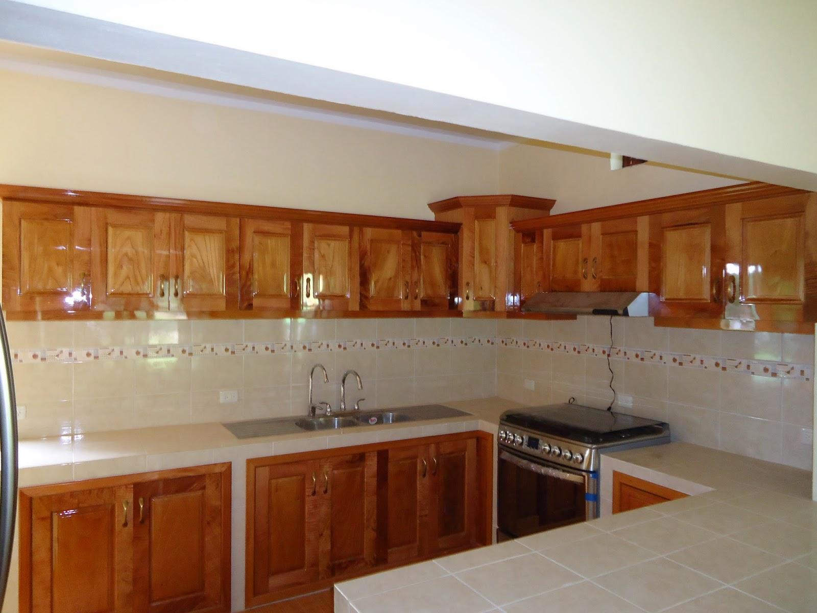 Muebles de cocina en madera cedro ideas for Cocinas tradicionales