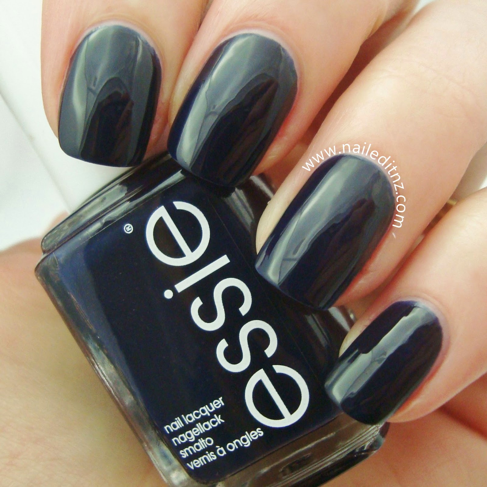 Essie Nail Lacquer | Swatches and Reviews
