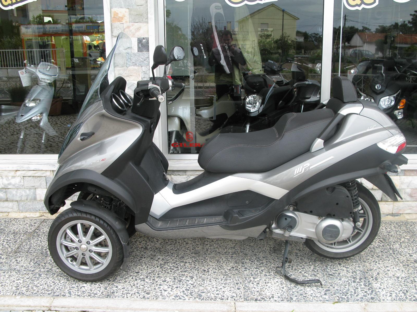 loja das motos piaggio mp3 250 lt usada. Black Bedroom Furniture Sets. Home Design Ideas