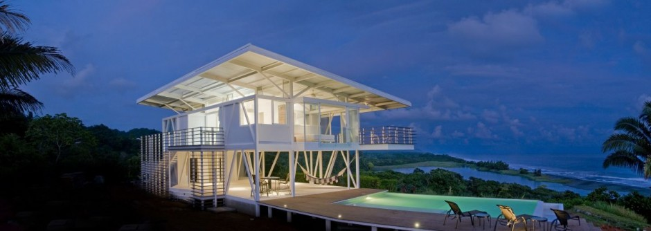 ISEAMI House in Playa Carate, Costa Rica by Robles Architects