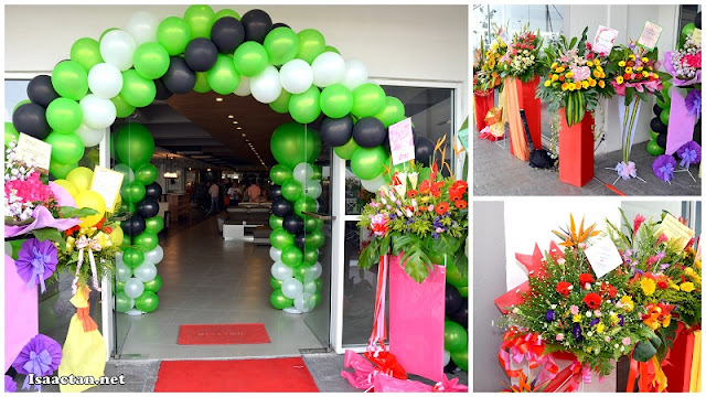 Lots of flowers for the grand opening of Maju Home Concept