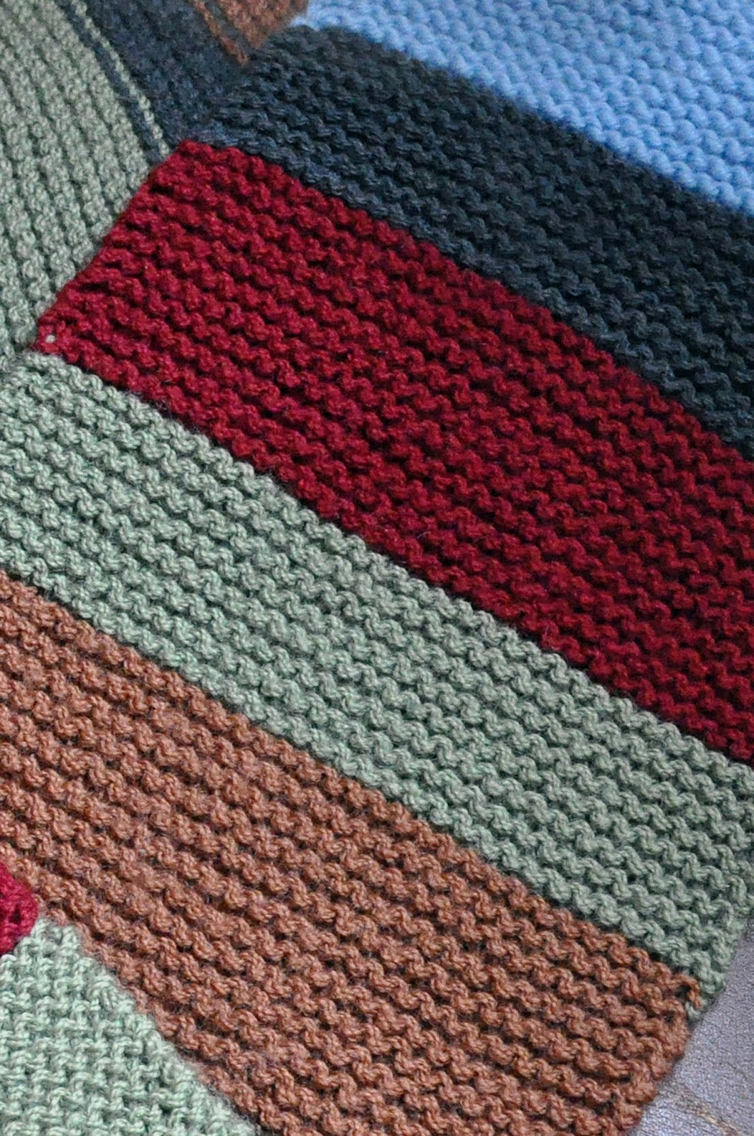 Playing in the Attic: The Garter Stitch Scarf