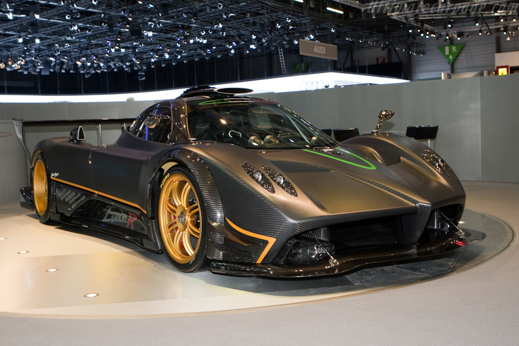 Cars Wallpapers12 Zonda Pagani R 2013 Wallpaper