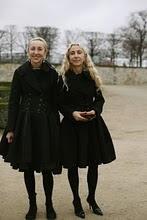 OLDER PARISIENNES