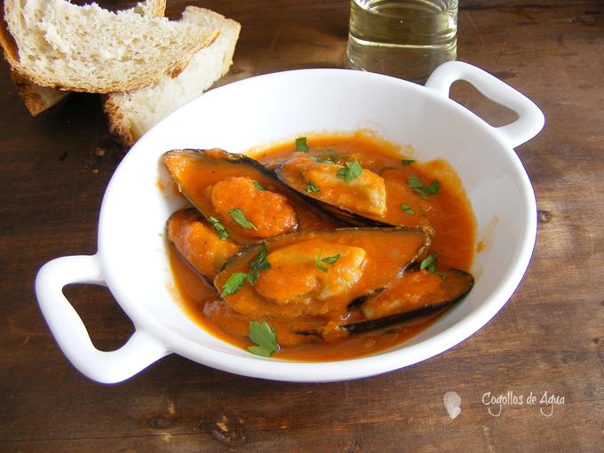 Mejillones en salsa vizca na cogollos de agua for Cocinar mejillones en salsa