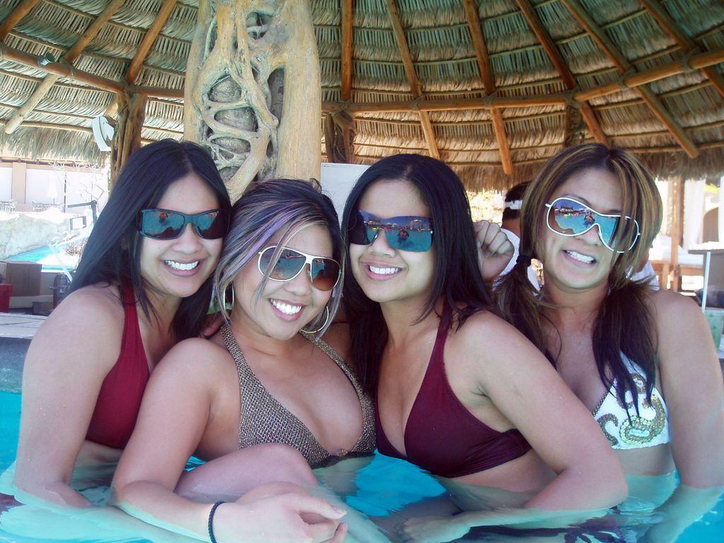 cabo san lucas girls