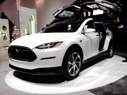 Taste of Luxury: Tesla Readies It's Model X E-Car For Consumer Experience