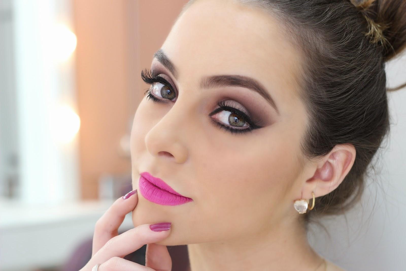5 makes básicos da Camila Queiroz pra você levar para o