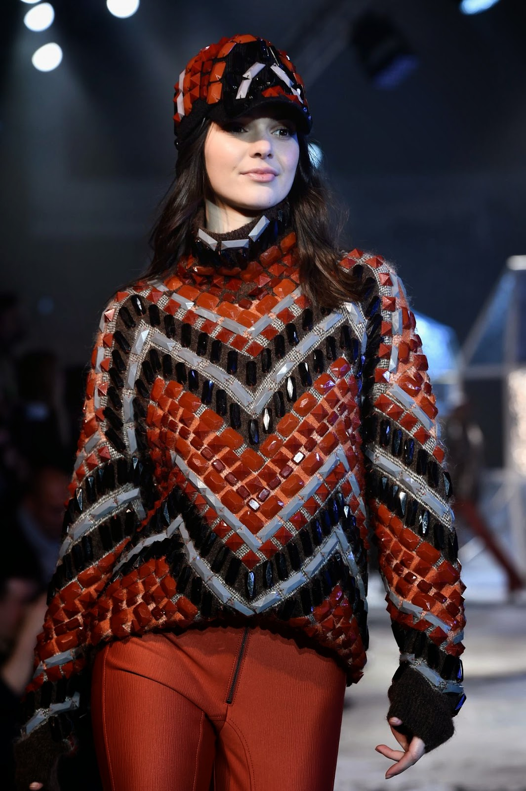 Fashion Model, Actress,Broadcasters @ Kendall Jenner At H&M Fashion Show In Paris